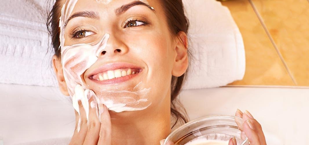 Soins naturels de la peau du visage en hiver
